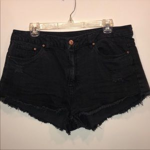 Divided by H&M High Rise Black Jean Shorts